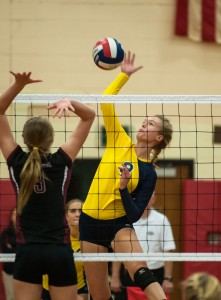 After a thrilling title last year, RHAM gets a tough challenge from E.O. Smith early this season. MaxPreps photo by Kathy Hickling.