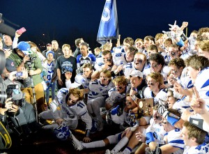 Darien celebrates its Class LL Championship. Bill Berg - MaxPreps.